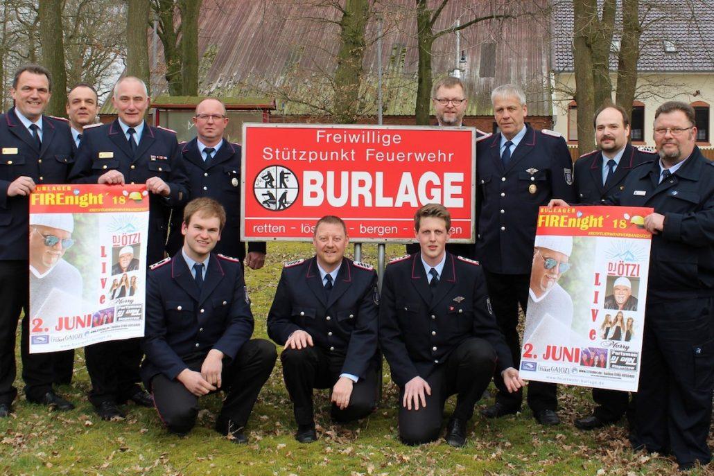 Kreisbrandmeister J Waten ganz links Ralf Heykants daneben mit dem Vorstand der FF BURLAGE