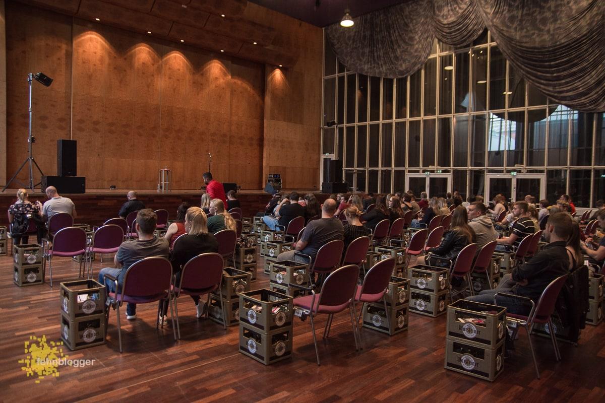Corona-konforme Show in der Papenburger Stadthalle